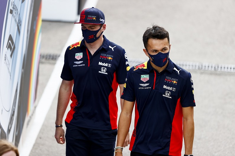Albon: Having quick Red Bull F1 team-mate in Verstappen a benefit – F1