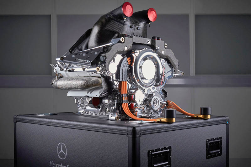 Mercedes admits to issues with 2021 power unit