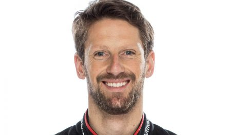 Grosjean to remain in hospital until Tuesday