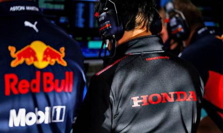 Red Bull seeks clarity on engines by end of November