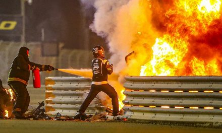 """Blast from extinguisher """"just enough"""" to help Grosjean – Roberts – F1"""