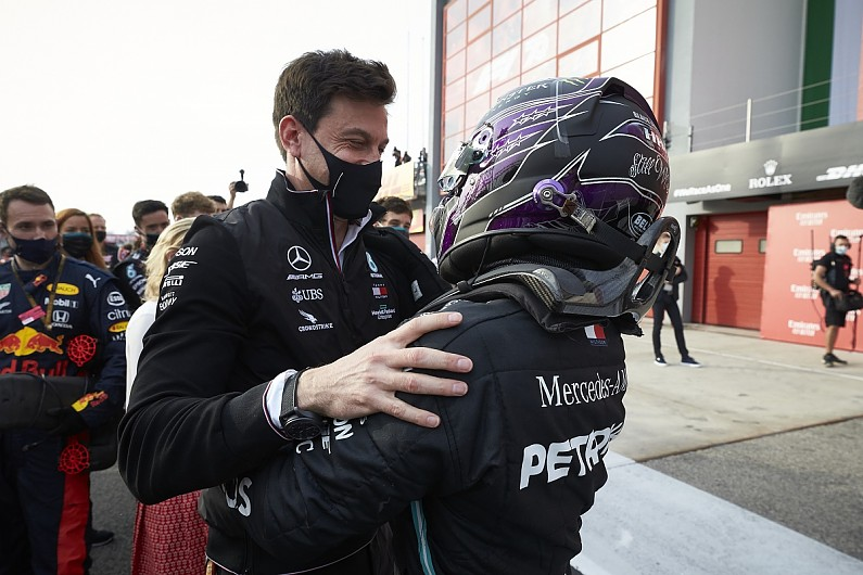 """Mercedes boss Wolff and Hamilton """"not finished"""" with F1 – F1"""