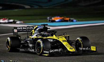 """F1 should consider Yas Marina track changes to remedy """"grim"""" races"""