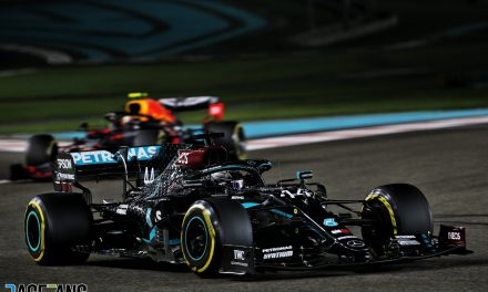 Smooth running eludes Hamilton but it's advantage Mercedes as usual at Yas Marina · RaceFans