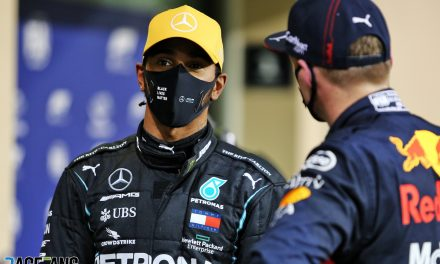 """Hamilton says he's not fully fit after contracting """"nasty"""" Covid-19 virus · RaceFans"""