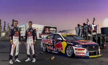 Seven-time champion Whincup predicting wild Supercars title battle   Supercars News