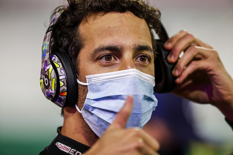 Ricciardo eyes car collection bet with McLaren boss as tattoo repeat unlikely | F1 News