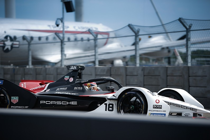 Jani explains oversteer problems with Porsche chassis in sole FE season | Formula E News