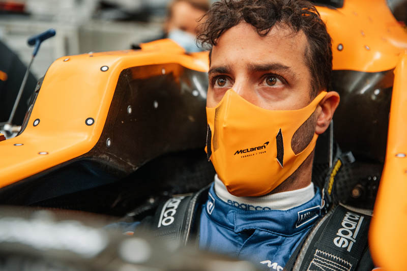 Video: McLaren gives sneak peak of Ricciardo in his new office