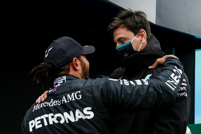 Wolff explains thinking behind one-year Hamilton contract extension   F1 News