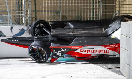 "Lynn awaiting results after Diriyah E-Prix ""aeroplane crash"" with Evans 