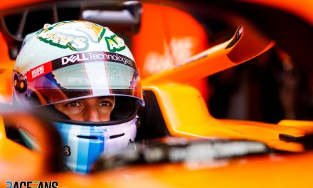 """Ricciardo """"at the limit"""" fitting into his first McLaren"""
