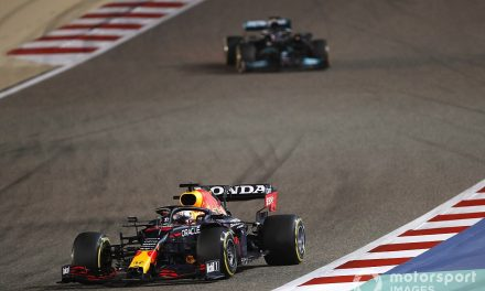 "Verstappen letting Hamilton through ""the right thing"" in Bahrain GP"