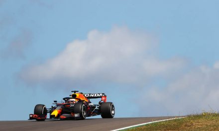 Bottas sets opening pace in Portugal