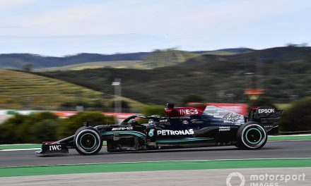 Hamilton tops FP2 ahead of Verstappen